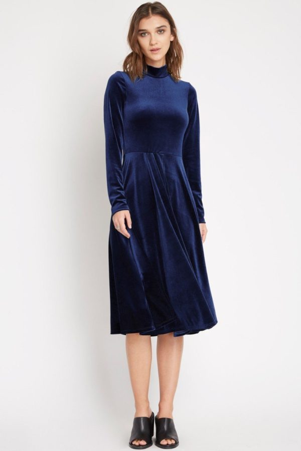 Plush Navy Velvet Midi Dress